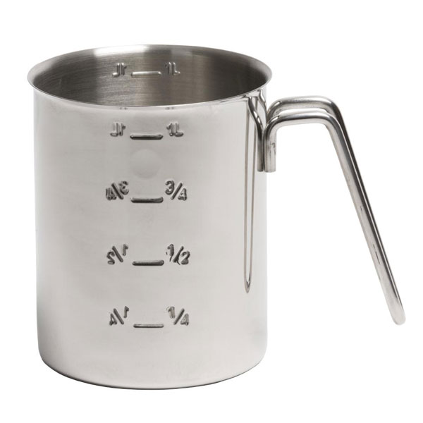 Graduated stainless steel mixing jug.