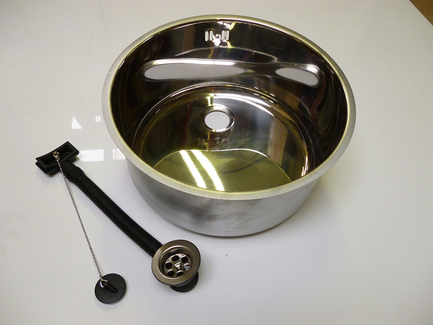 Round insert 360mm Sink Bowl With Continental Overflow